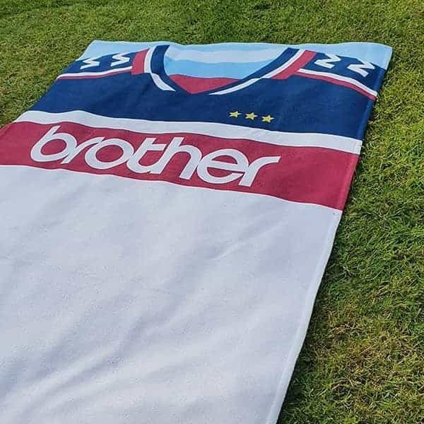 Away 97 City Kit Towel